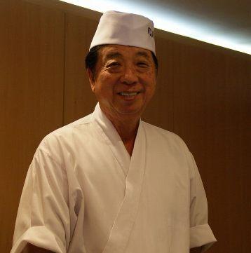 静岡県富士市出身の深澤さん(68歳)。2013年ペルー政府より功労賞受賞、またペルー静岡県人会会長として、積極的に日秘双方の交流を進めている。