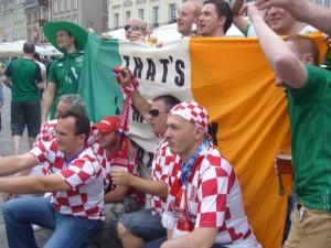 アイルランド・クロアチアサポーター友好の証